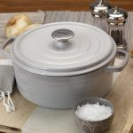 Bayou 5-Quart Weathered Grey Cast Iron Dutch Oven with Lid7720S